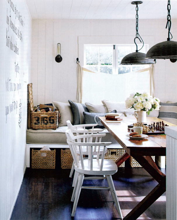Coastal-Home-Dining-Area-Inspiration