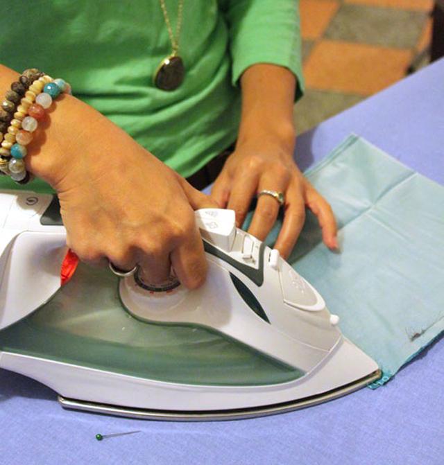 Sera-Ironing-DIY-Drawstring-Bag