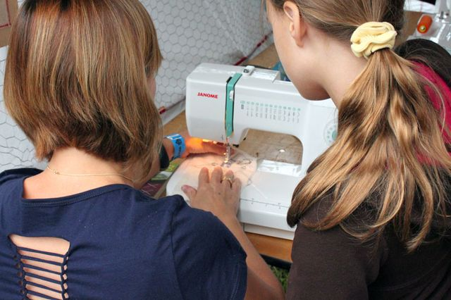 Maker-Faire-Improv-Sewing