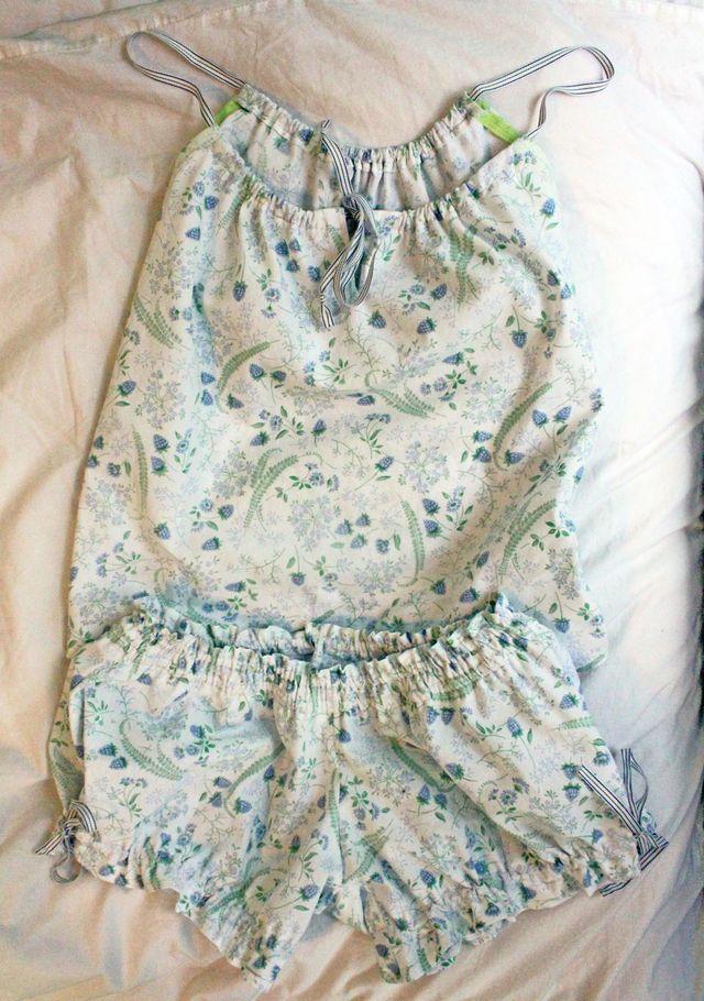 DIY-Pajamas-Pattern-Colette-Patterns-Sheets