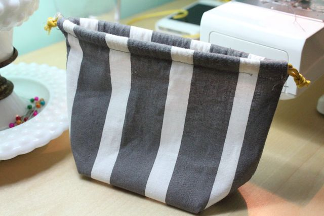 DIY-Waterproof-Drawstring-Bag