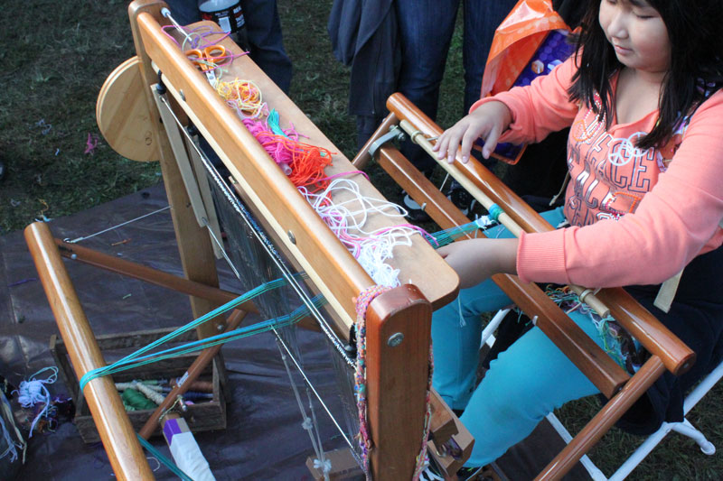 Girl-Weaving-Maker-Faire