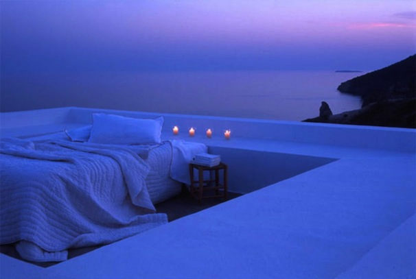 Sunset-Purple-Outdoor-Bedroom