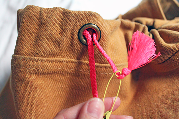 How-to-Replace-A-Drawstring-Tutorial